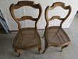 Vieilles chaises rustiques. Meubles
