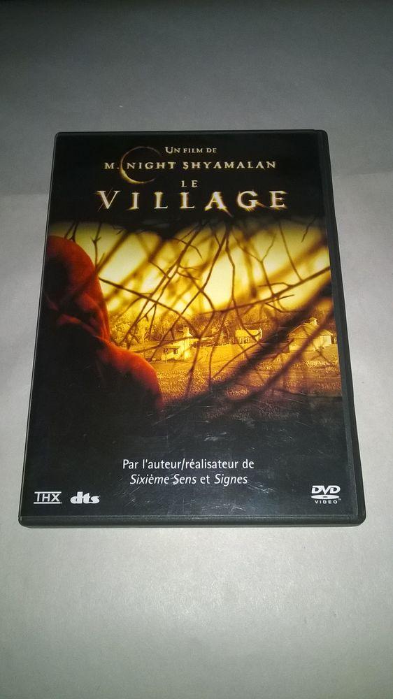 DVD Le Village 2005 Excellent etat En Français A la fin  10 Talange (57)