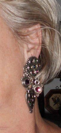 Vintage paire de boucles d'oreilles ''ZOE  COSTE  40 Antibes (06)