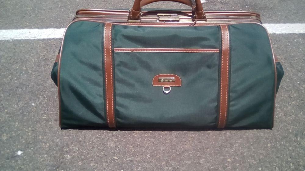 sac vintage Guy paris 25 Les Sables-d'Olonne (85)