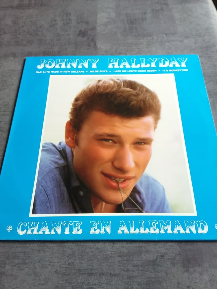 Vinyle 33 tour de Johnny Hallyday  50 Vauréal (95)