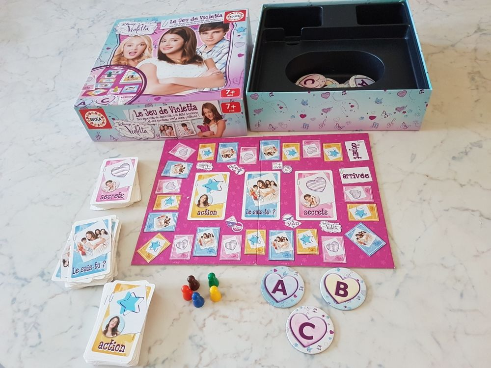 Le jeu de Violetta Jeux / jouets