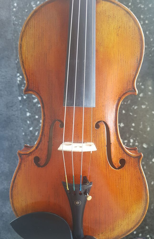 violon Stradivarius 1715 750 Lyon 7 (69)