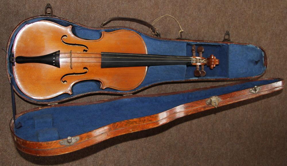 Violon 300 Passy (74)