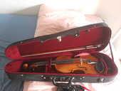 Violon 300 Paris 19 (75)