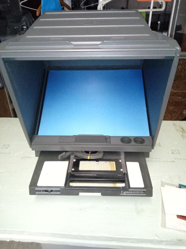 VISIONNEUSE de microfiches  CANON   90 Eauze (32)