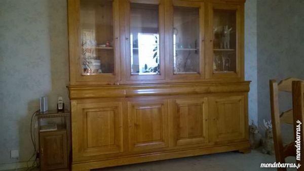vitrine ou bibliothèque 200 Saint-Ouen-l'Aumône (95)