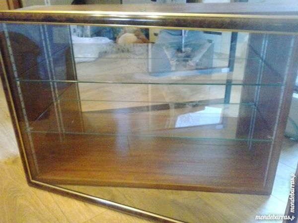 Vitrine pour collectionneur 299 Hergnies (59)