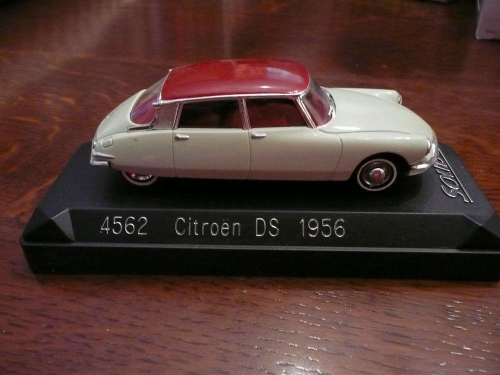 Voiture miniature 1/43 Citroen DS1956 15 Saint-Symphorien-d'Ozon (69)