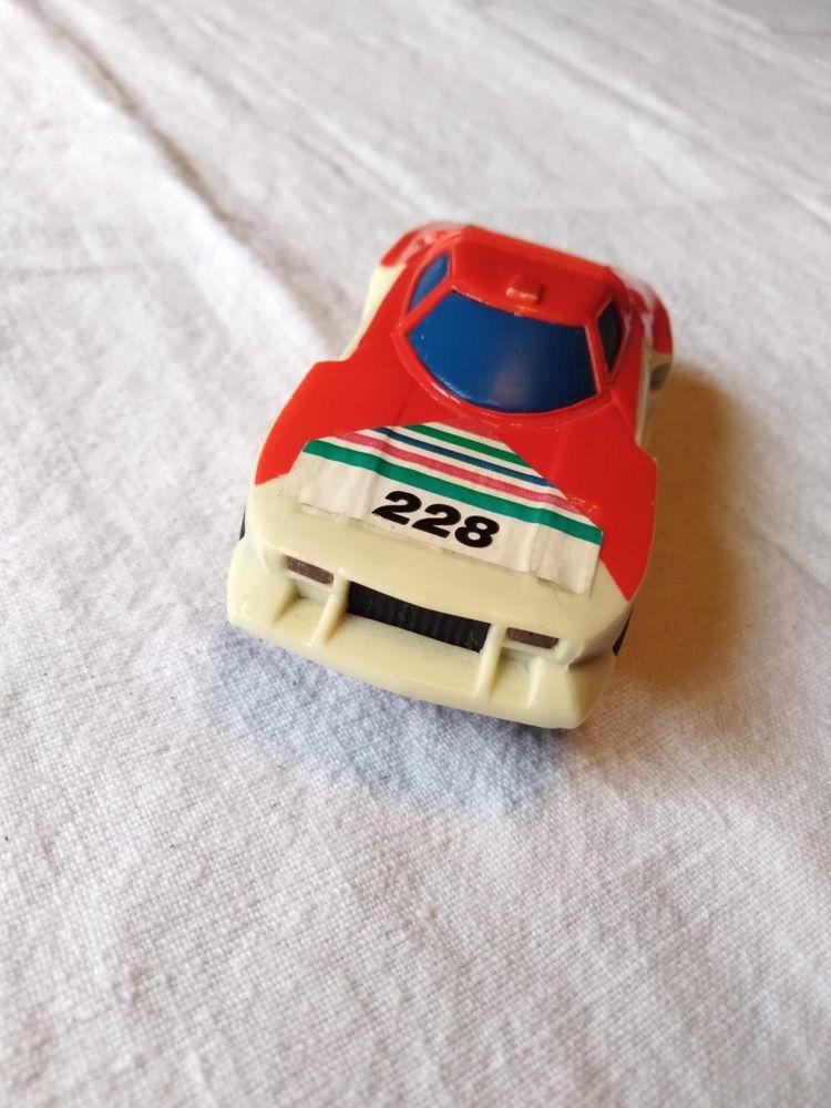 Voiture miniature lancia