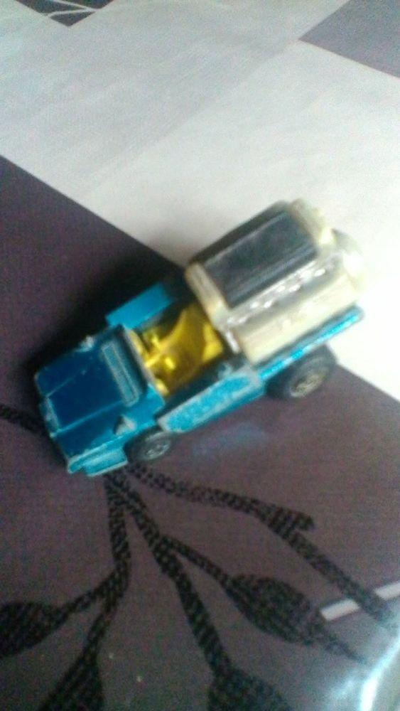 Voiture miniature Matchbox tyre fryer 3 Avermes (03)