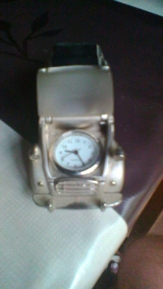 Voiture miniature 2CV en métal lourd avec pendule 45 Avermes (03)