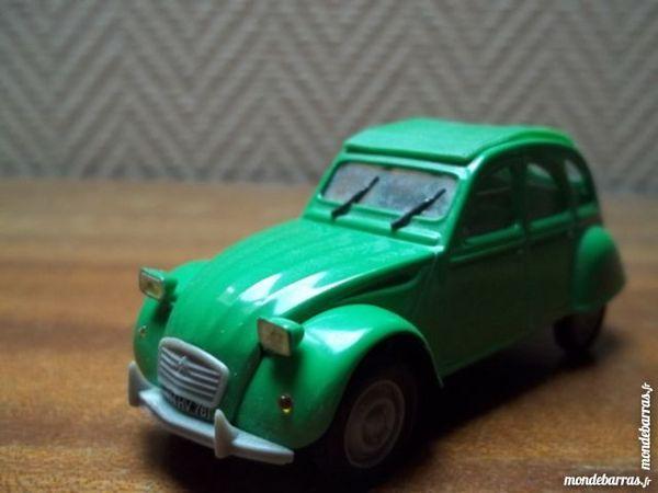 voiture miniature 1/43 2cv 12 Cosne-Cours-sur-Loire (58)