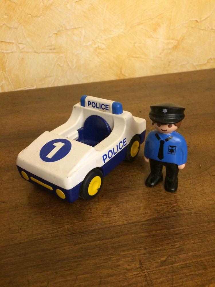 voiture police playmobil géobra avec figurine Jeux / jouets
