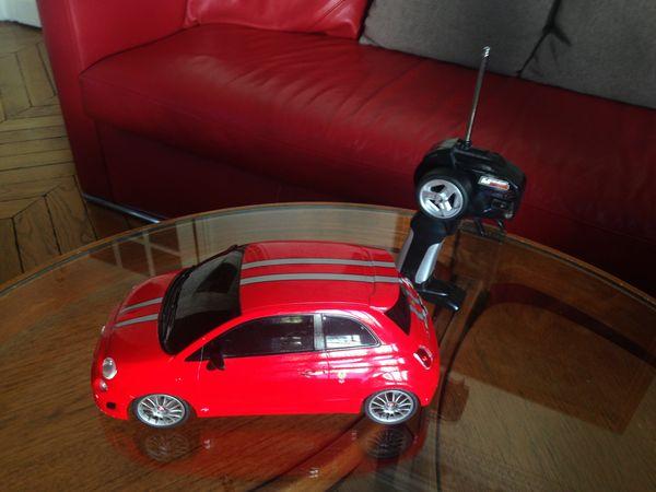Voiture télécommendée Fiat 500 25 Boulogne-Billancourt (92)