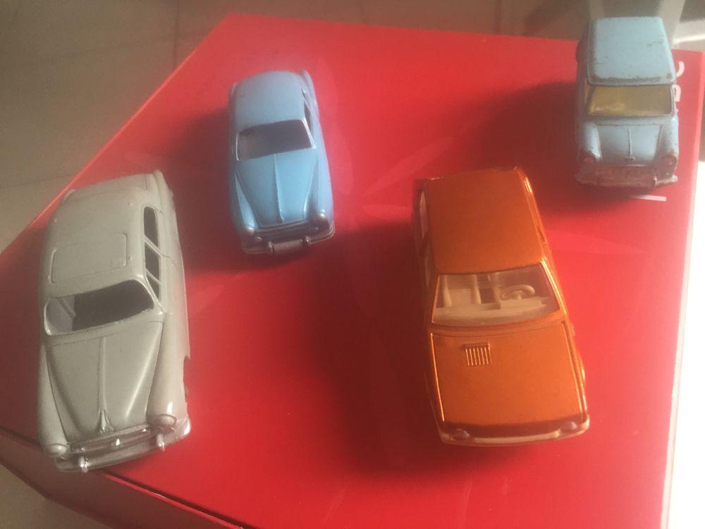 voitures miniature Dinky Toys et autres 45 Corbas (69)