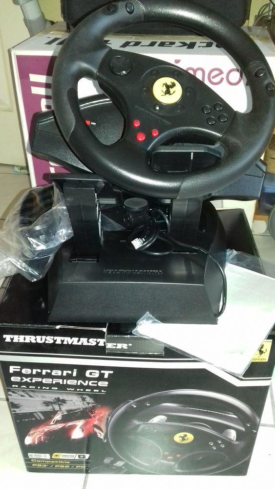 volant Thrustmaster console + pc 50 Eaubonne (95)