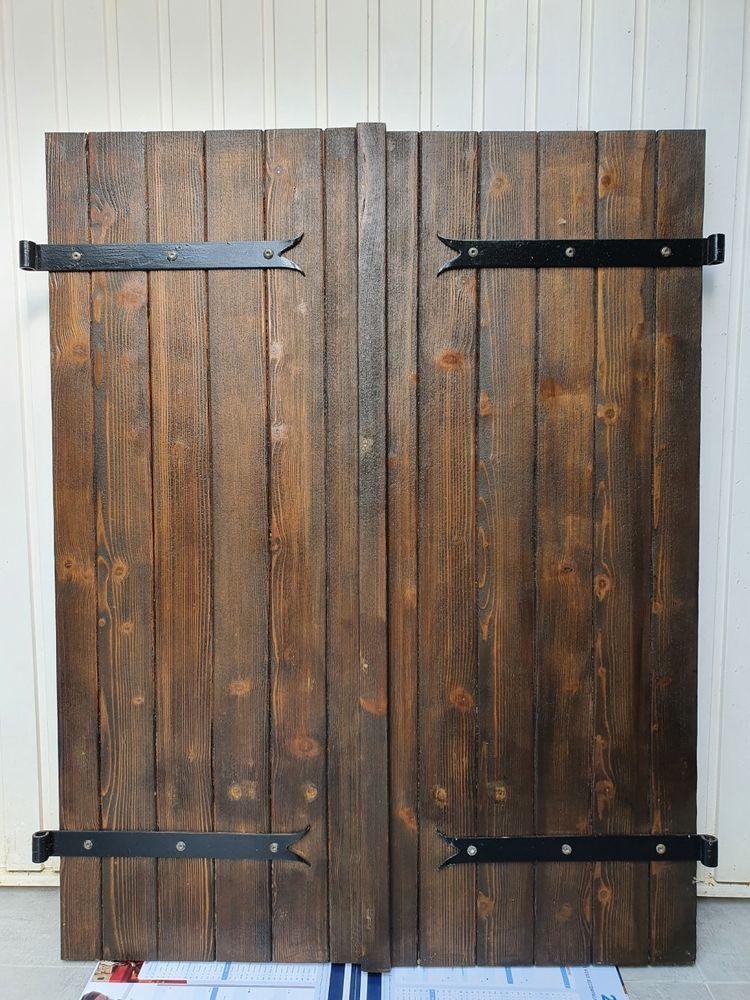 Volets battants en pin pour fenêtre 120x100 35 Coubert (77)