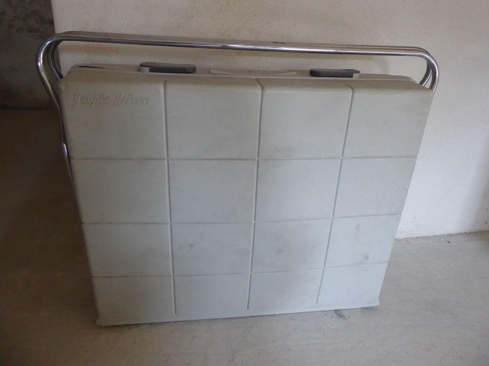 Lit de voyage  valise  pour bébé Vintage 25 Aubussargues (30)