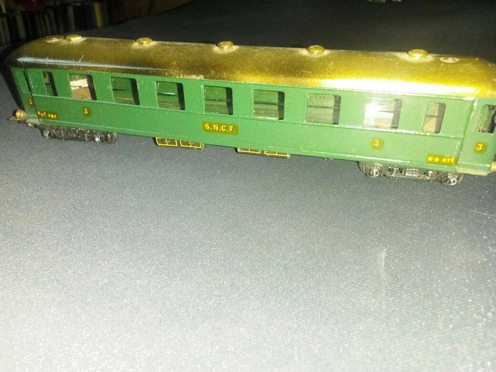 wagon en Métal BLZ (scelle Bell) voiture 3e classe 67 Lisieux (14)