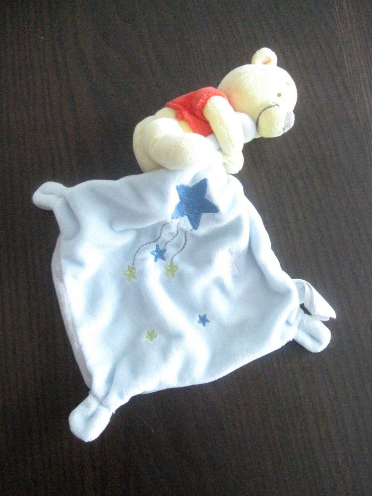 Winnie l'ourson mouchoir bleu étoiles 10 Saint-Jean-Pla-de-Corts (66)