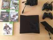 XBOX 360 SLIM 250 GO + Kinect + 2 manettes + 10 jeux 190 Paris 18 (75)