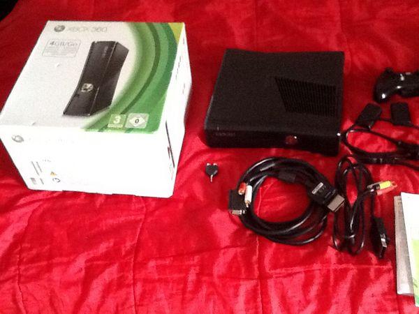 Xbox 360 Slim noir 350 giga 210 Auch (32)