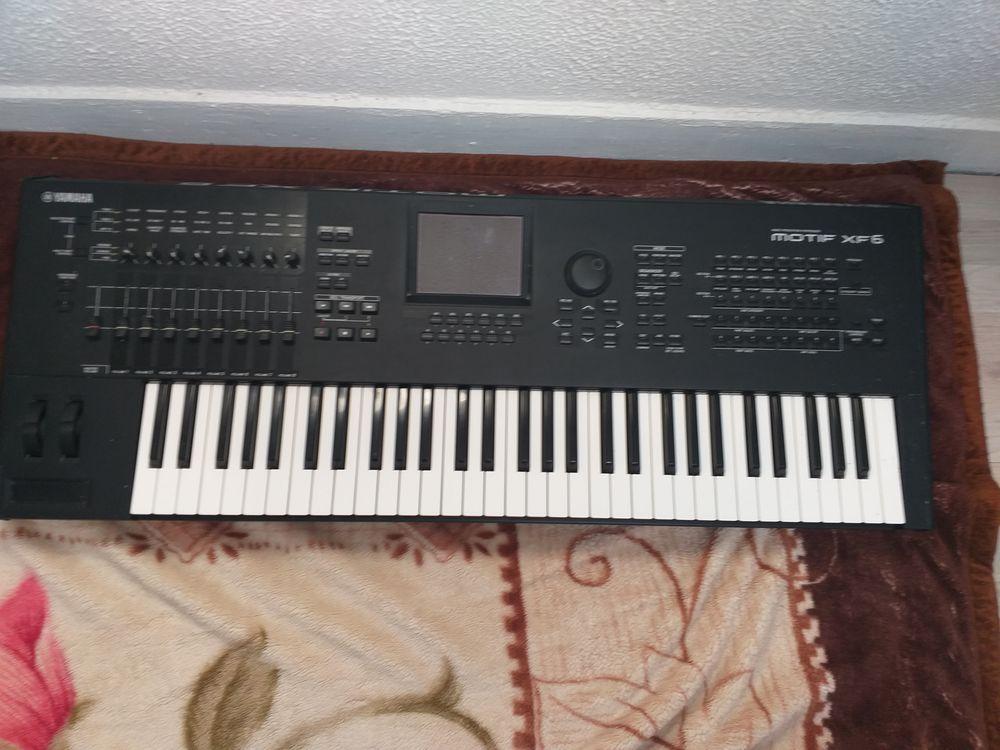 Yamaha motif xf6  1000 Corbeil-Essonnes (91)