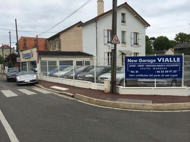 New garage vialle vente v hicules occasion for Garage sellier maisons laffitte