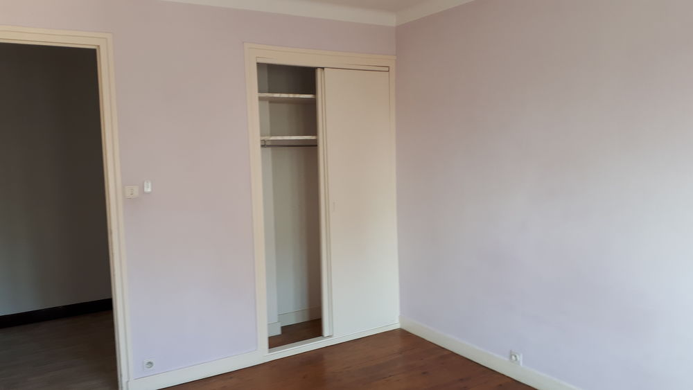 Location Appartement Avenue Jules Ferry  à Le péage-de-roussillon