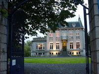 Château du 19e siècle de 600m2, dans un écrin de verdure de 4000 m2 750000 Lille (59000)