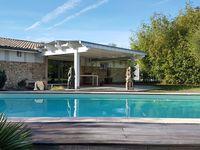 Maison en pierre rénovée 155 m² 3 chambres, piscine, garage 542000 Le Taillan-Médoc (33320)