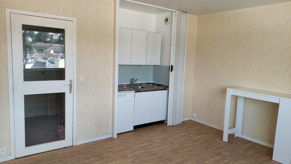 Location Appartement STUDiO 25 m2  - parking cave - Chauffge et eau inclus Dreux