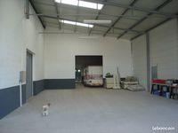 Location Atelier Local Commercial / Atelier de 323 m² à Vouillé Vouillé