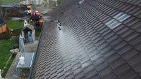 Démoussage toiture et façade par drone