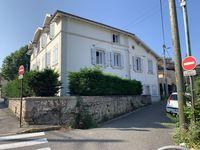 Beau T2 / T3 de 43m² / rénové / petite copropriété dans maison 105000 Vienne (38200)