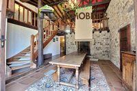 Vente Ferme Au calme, belle ferme de 294 m² + dépendances  à Pers-jussy