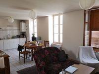 Location Appartement VALENCE proche gare, F3 (1er sans ascenseur) avec petite terrasse  à Valence