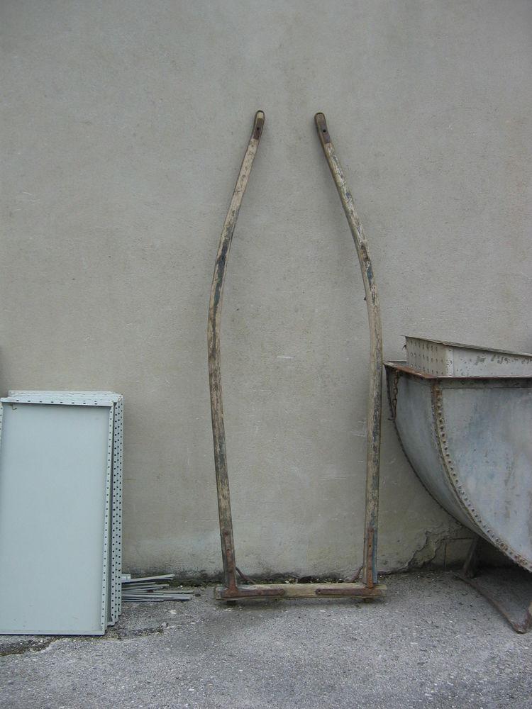 Ancienne limonière bois mulets ou ânes