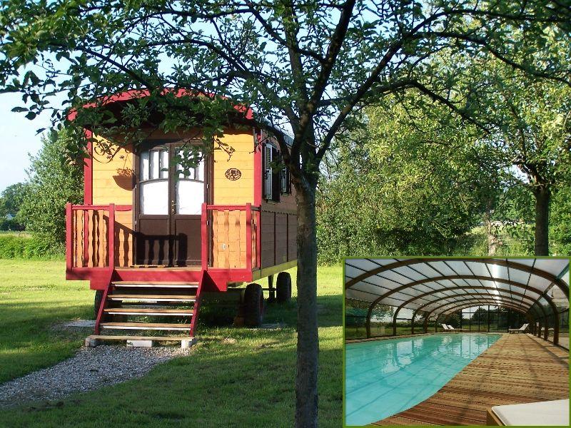Les Roulottes de la Risle : insolite, piscine et jacuzzi Haute-Normandie, Calleville (27800)