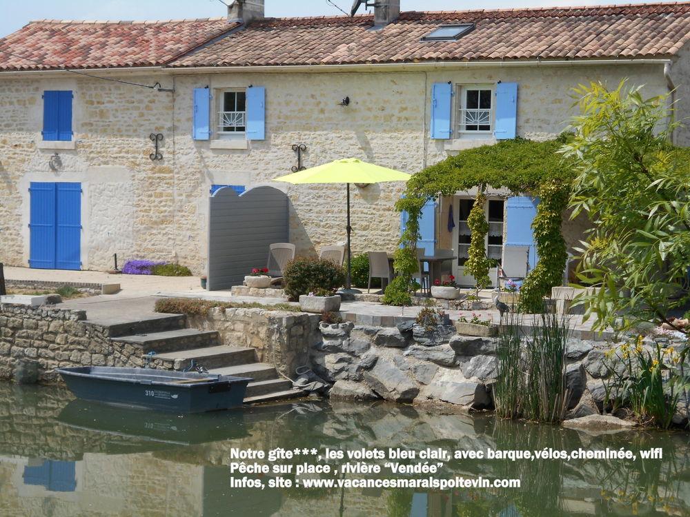 GITE,Marais Poitevin,bord rivière barque vélos Wifi cheminée Pays de la Loire, La Taillée (85450)