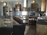 SARLAT:PISCINE CHAUFFÉE + JACUZZI + LINGE + WI-FI + CLIM Aquitaine, Sarlat-la-Canéda (24200)