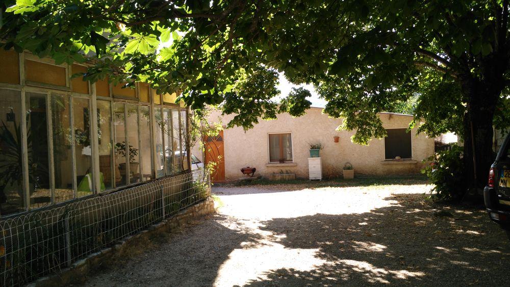 GÎTE PROVENCE/LUBERON(4/5Pers.) PACA  Accessible PMR  Provence-Alpes-Côte d'Azur, Revest-des-Brousses (04150)