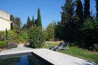 Entre Orange et Avignon chambres atypiques avec piscine Languedoc-Roussillon, Montfaucon (30150)