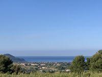 Villégiature entre mer et campagne. Provence-Alpes-Côte d'Azur, La Cadière-d'Azur (83740)