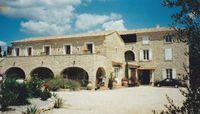 Appartement dans mas pour 5 personne(s) Languedoc-Roussillon, Saint-Julien-de-Peyrolas (30760)