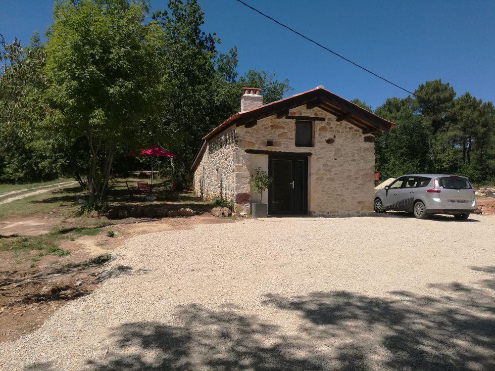 Maisonnette en pierre en pleine nature avec piscine  Midi-Pyrénées, Bélaye (46140)
