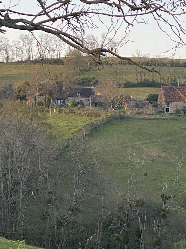 Maison de campagne, grand gîte familial avec piscine  Bourgogne, Saint-Marcelin-de-Cray (71460)