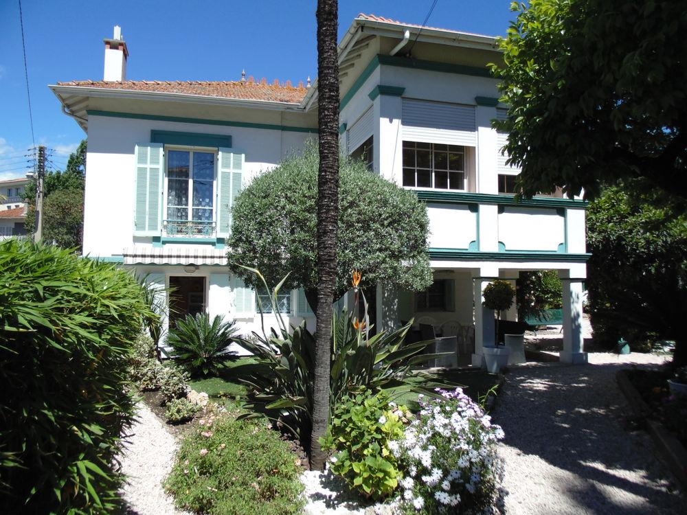 VACANCES EN MEDITERRANEE Provence-Alpes-Côte d'Azur, Saint-Raphaël (83700)