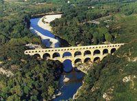 gite dans le pays d'Uzès-Pont du Gard.PETIT VILLAGE TYPIQUE  Languedoc-Roussillon, La Bastide-d'Engras (30330)